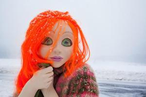 513_Orange_Hair_Snow_Close_Up0